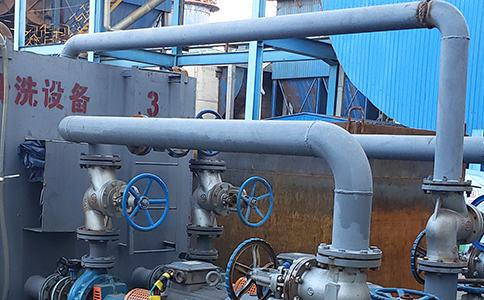 河北邢台一电厂冷却塔的污泥池需要清污