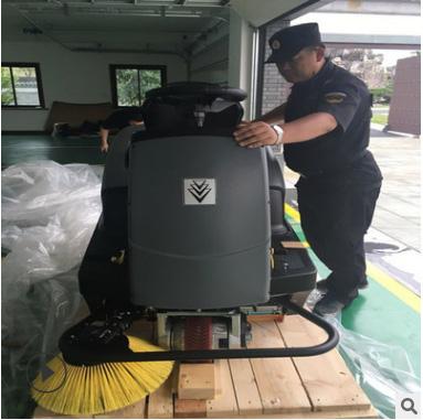 德国KARCHER 凯驰 全自动驾式 扫地机