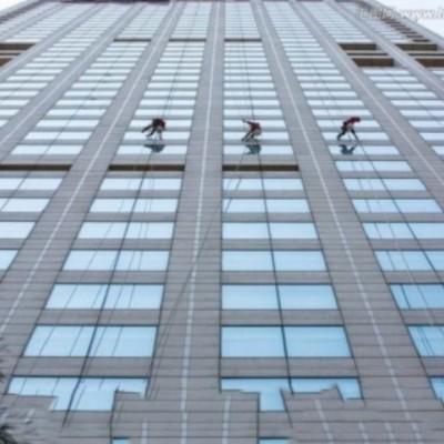 外墙玻璃面清洗案例